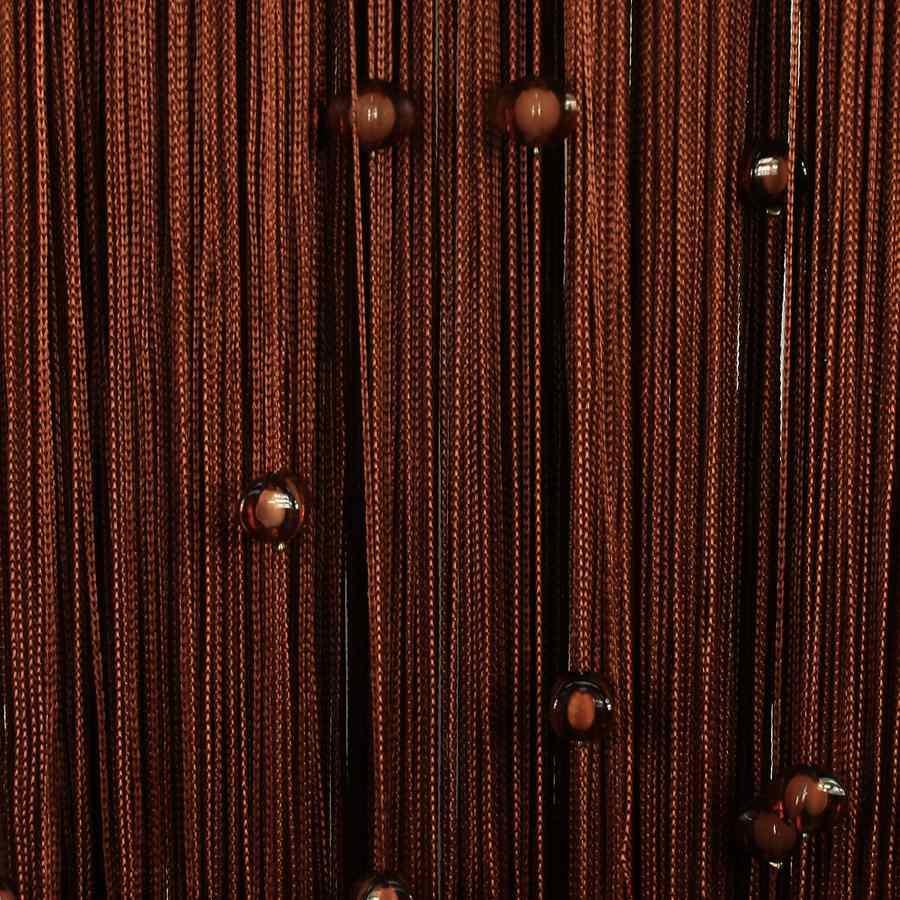 Нитяные шторы довольно легко сделать: именно поэтому они подойдут для новичков