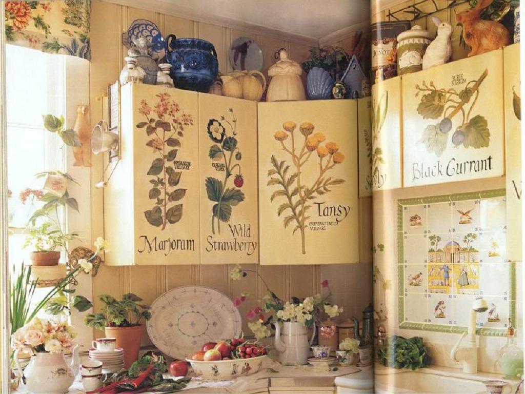 Декорировать кухонную мебель своими руками совсем несложно, главное, набраться терпения, и результат не заставит себя ждать