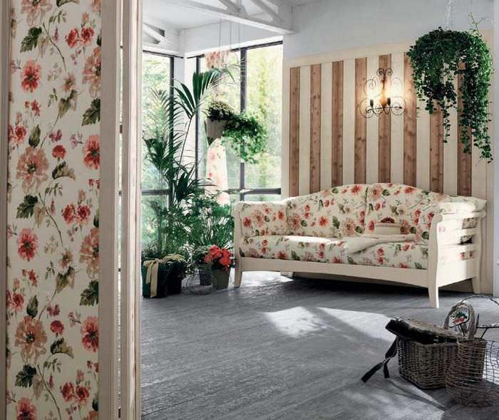 Обивку мягкой мебели на кухне можно объединить с отделкой стен в едином стиле