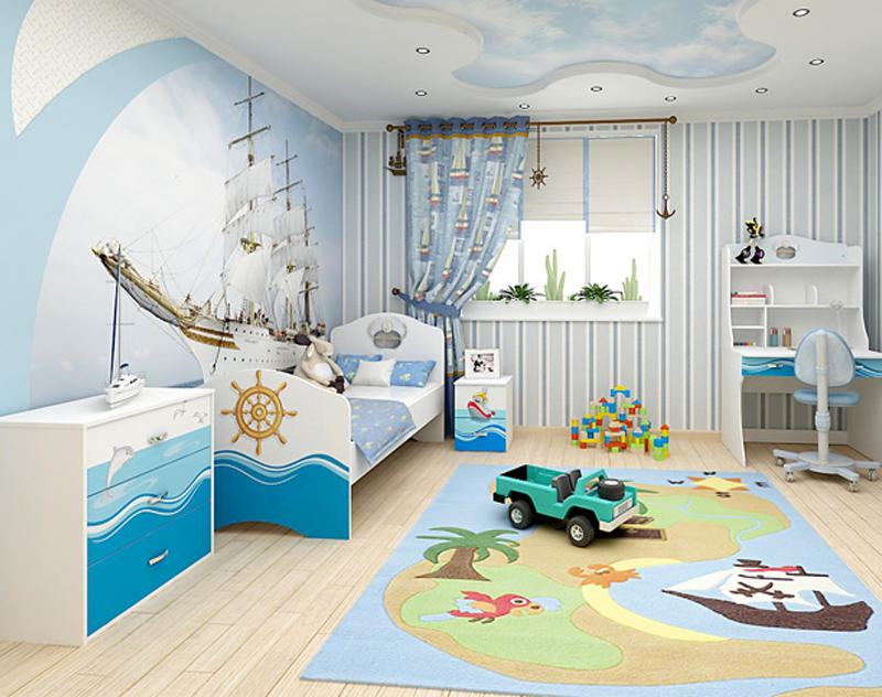 При обустройстве мальчиковой комнаты можно делать акцент на пастельных или голубых цветовых гаммах