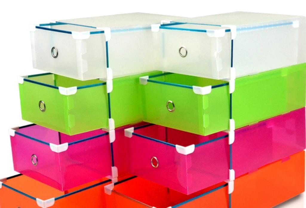 Качественные и безопасные коробки для хранения детских вещей можно подобрать в магазине Икеа