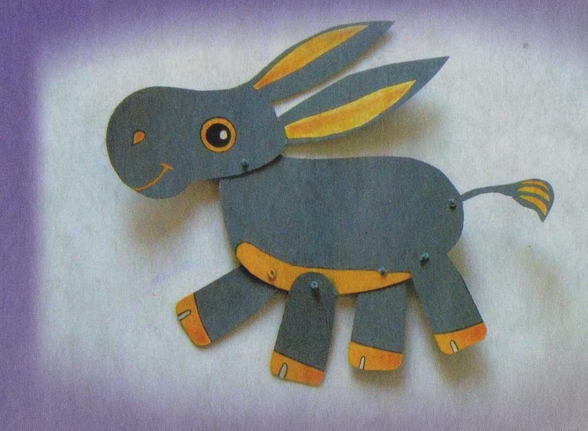 Подвижные игрушки из бумаги являются отличным подарком для ребенка