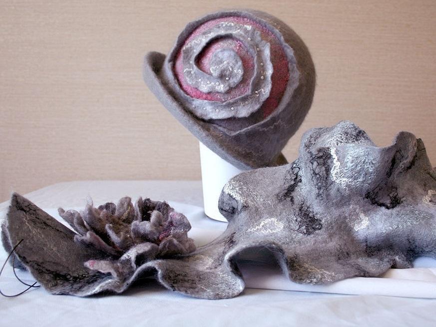 Шляпки-клош имеют совсем маленькие поля и выполнены в форме колокола