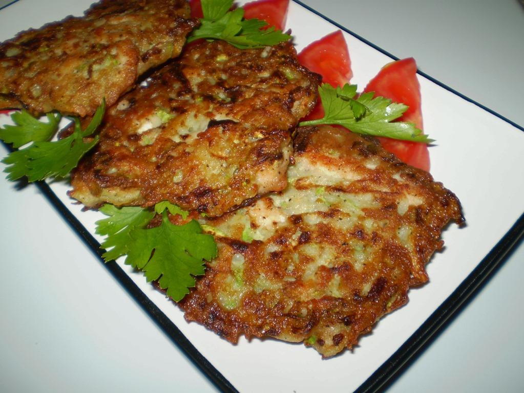 Оладьи из печени являются калорийным блюдом, поэтому готовить их лучше один раз в неделю