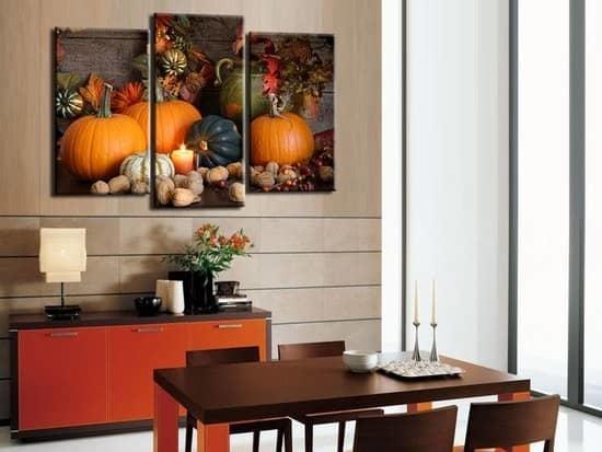 Картина на кухне — отличное дополнение к ее интерьеру