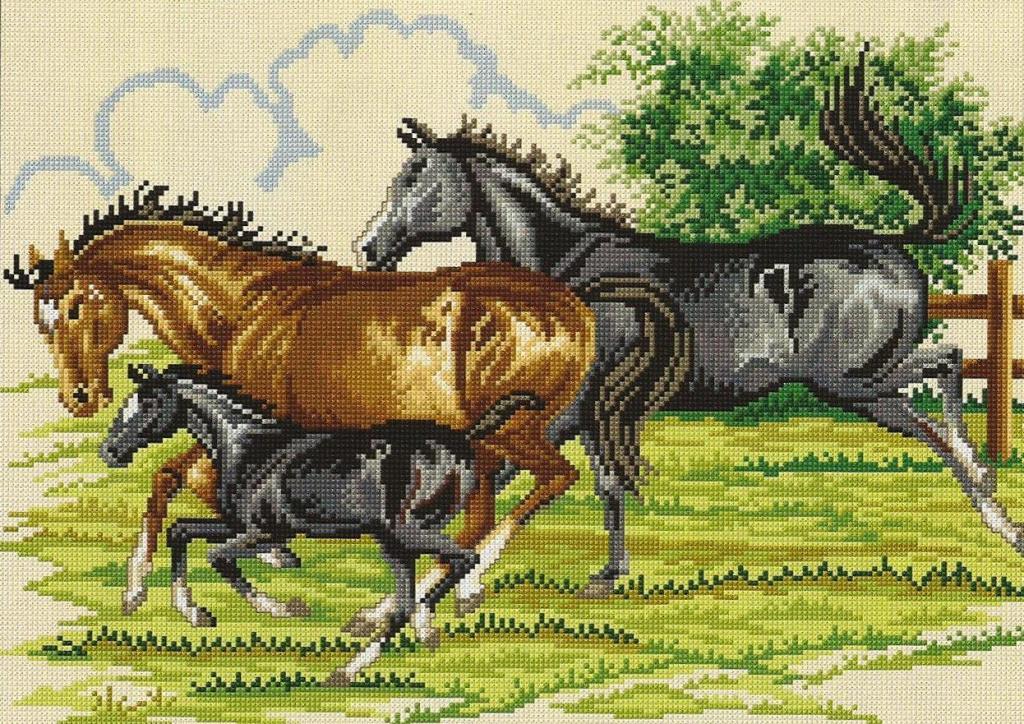 Вышивка лошадей является отличным подарком на любой праздник