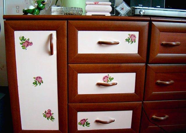 Декупаж салфетками поможет обновить любимые предметы интерьера