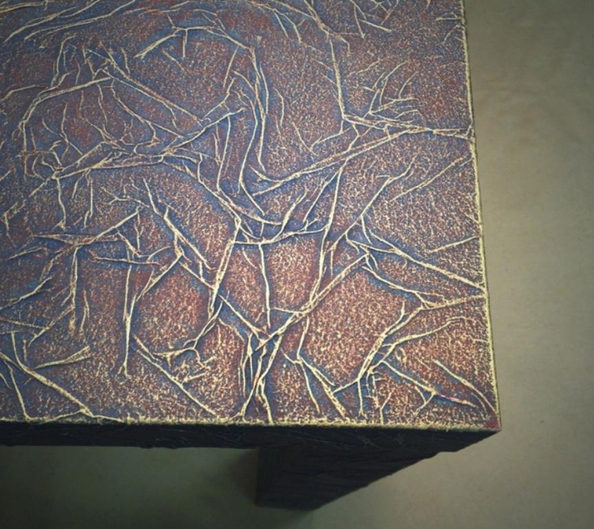 Красиво и необычно будет смотреться имитация мрамора на поверхности