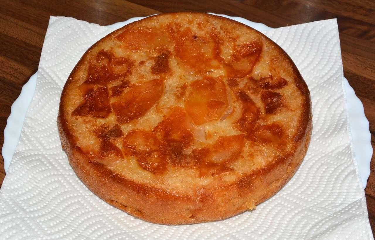 Шарлотка с апельсинами — оригинальное блюдо для угощения ваших гостей