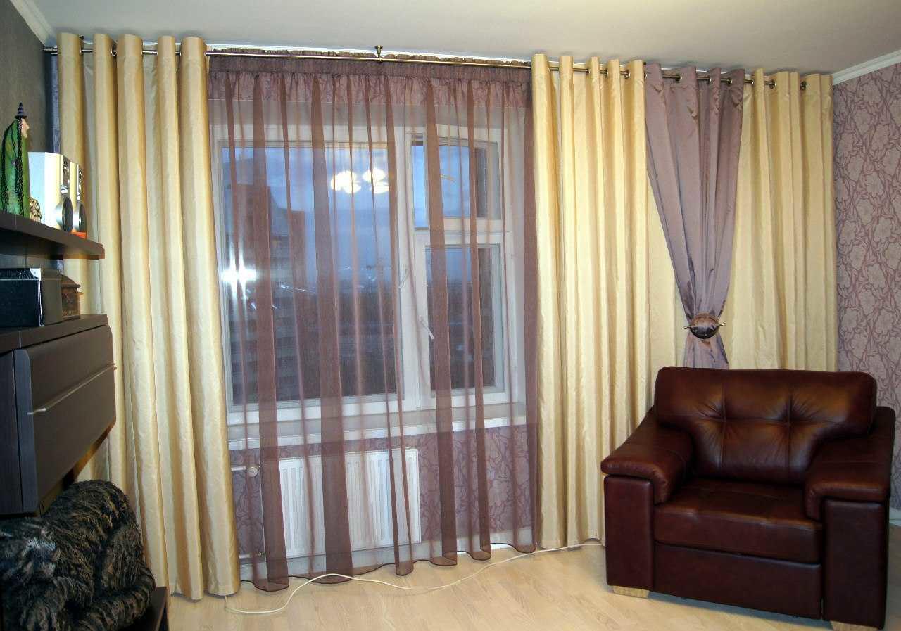 Двойные шторы в гостиную