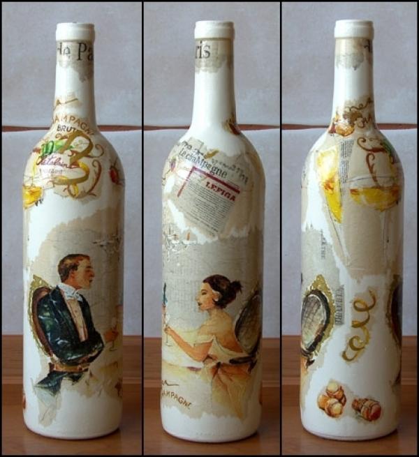 Декупаж на бутылках используют в качестве сувениров и подарков на праздники