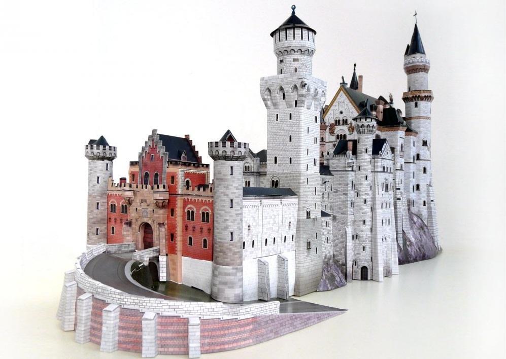 Все материалы для изготовления замка из картона можно купить в магазине для рукоделия