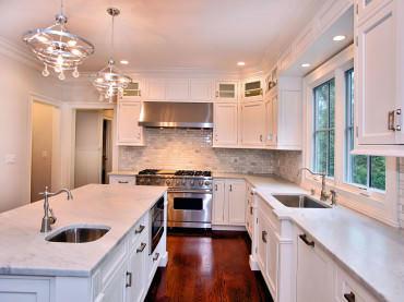 Островная планировка на кухне 20 кв. м - это одно из самых рациональных и стильных решений