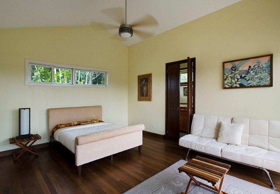 Красиво в интерьере комнаты будет смотреться ламинат темного цвета, который имитирует древесину