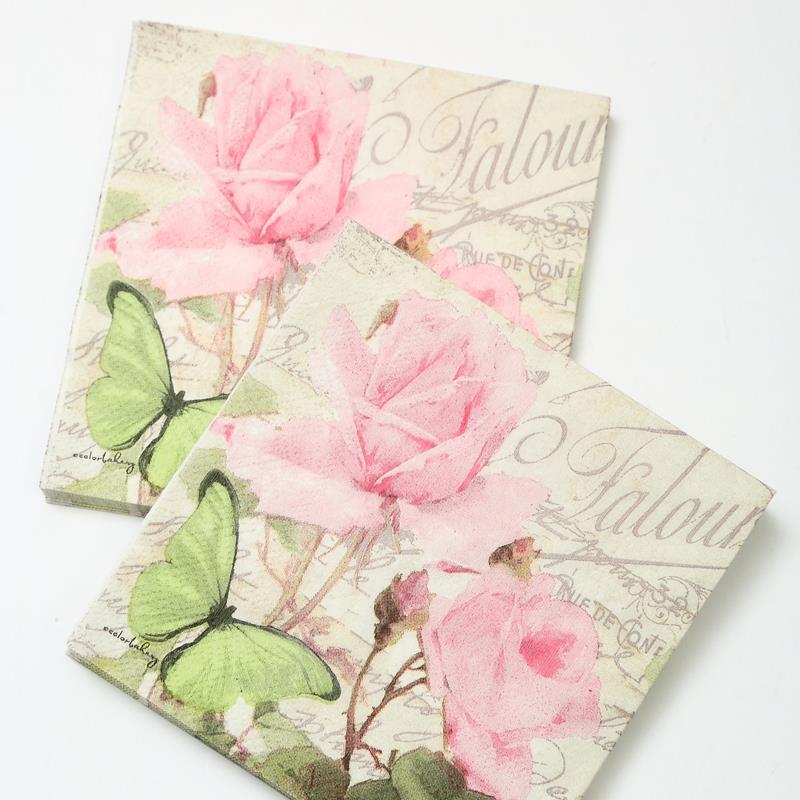 Если вы решили использовать салфетки для декупажа, тогда подбирайте только качественные материалы с интересными рисунками и узорами