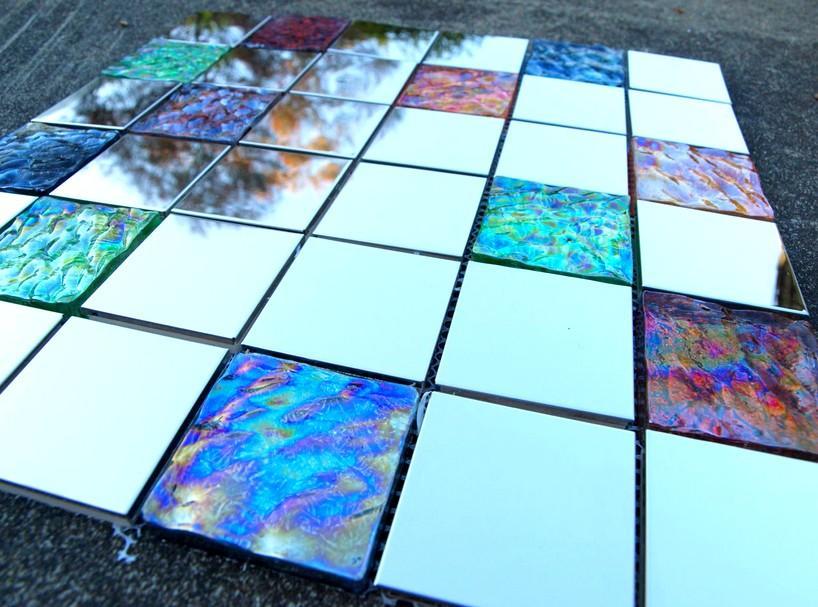 Существует несколько способов изготовления стеклянной плитки, выбирать который вы можете на свое усмотрение