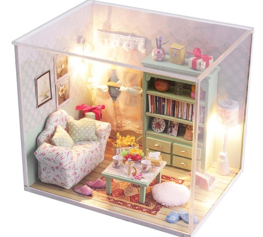 Перед изготовлением мебели для кукольного домика стоит изучить советы профессионалов и посмотреть обучающее видео с мастер-классом