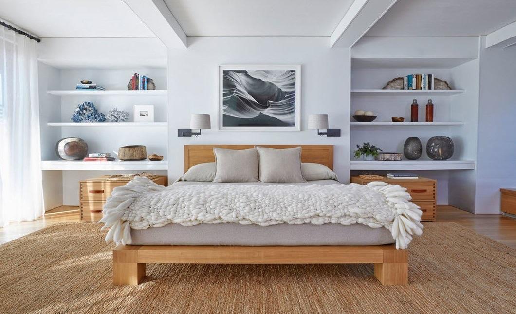 Ширина кровати должна быть максимально возможной с учетом размеров спальни