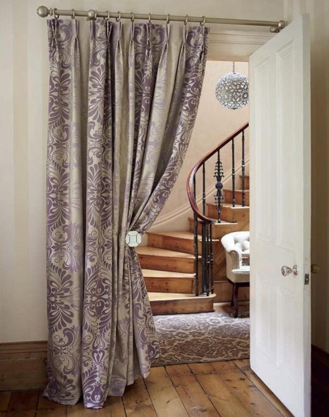 Деревянные шторы на дверной проем