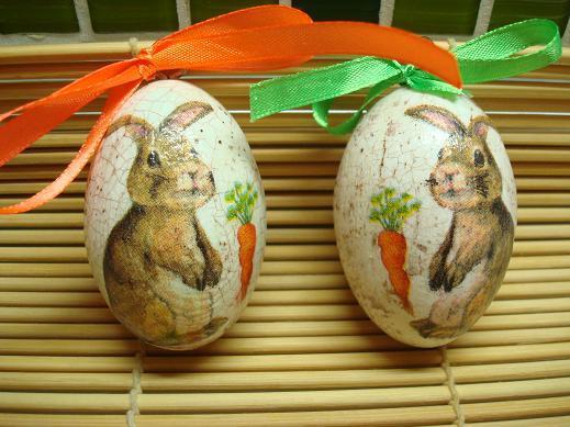 Декупаж на деревянных яйцах - легкий процесс