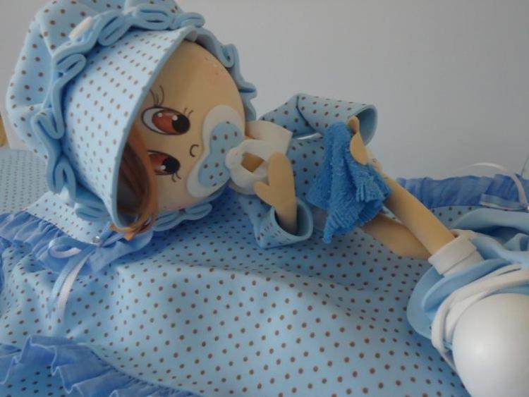 Ножки для куклы из фоамирана делаются легко и просто