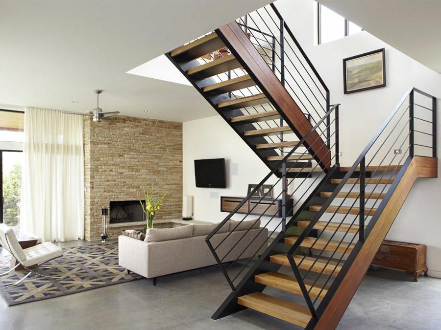 Ознакомиться с интересными вариантами лестниц вы можете на просторах интернета