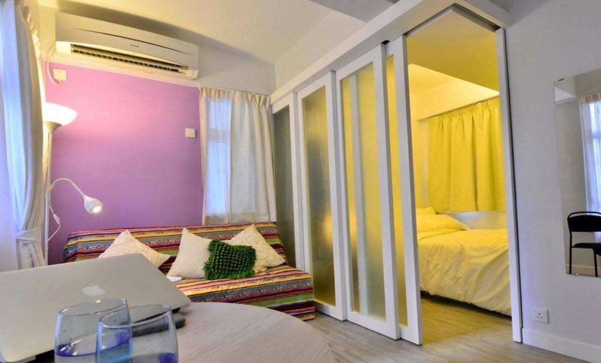 Правильно подобранный дизайн совмещенной гостиной и спальни сделает комнату уютной и красивой