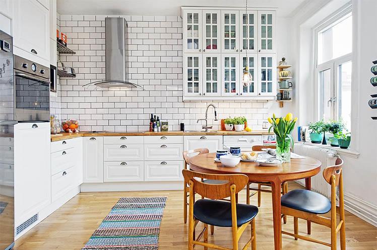 Кухня в скандинавском стиле - это море света, белых оттенков во всем, сочетание современности и кантри. Одним словом - просто шедевр!
