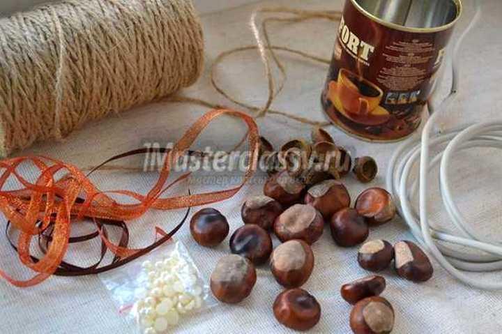 Для топиария из каштанов в вашем арсенале обязательно должны быть материалы для декора деревца и кашпо