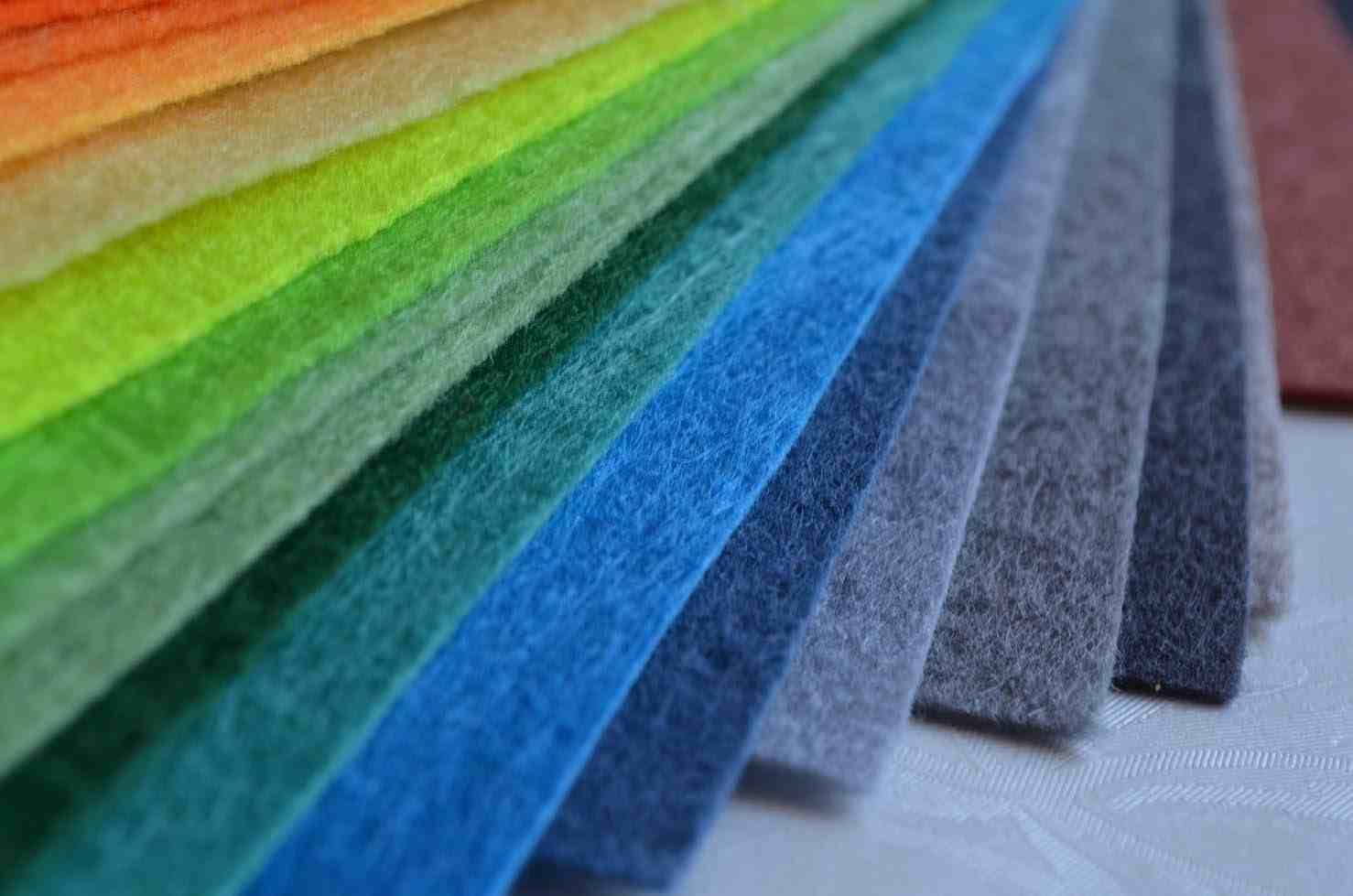 Фетр — экологичный и безопасный материал, поэтому он и рекомендуется для детей