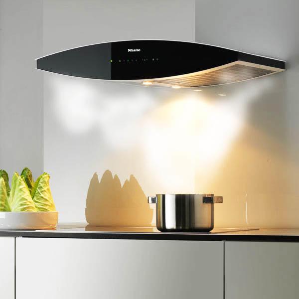 Выбор вытяжки - дело не последней важности, ведь именно она отвечает за чистоту воздуха на кухне