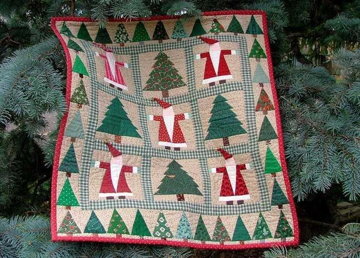 Помимо оленей и елок, можно использовать образы Деда Мороза и абстрактные узоры