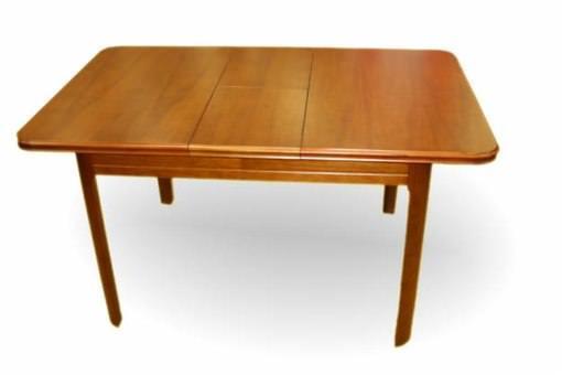 Раскладной стол в маленькой кухне будет просто незаменим