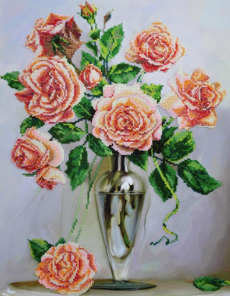 Наиболее популярными цветами для вышивания являются мраморные розы