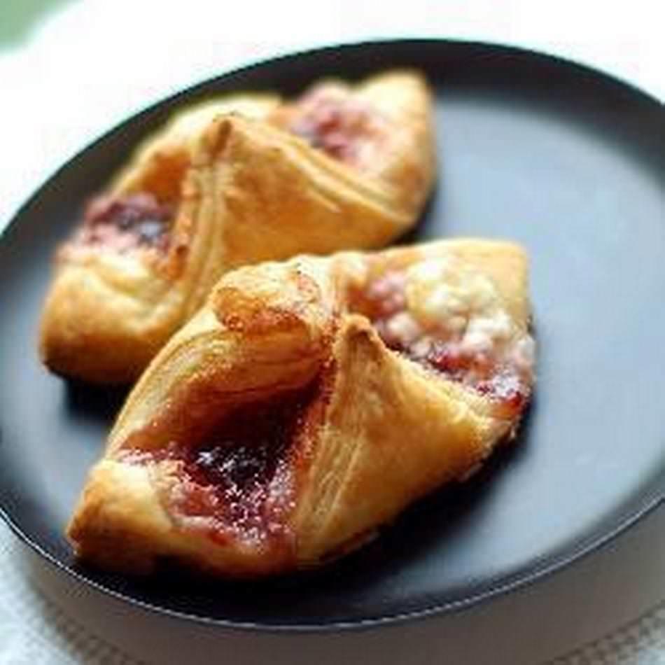Выпечка с вареньем: булочка, рецепты с фото, пирожок в духовке пошагово, чтобы не вытекало из дрожжевого теста