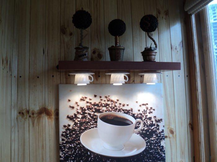 Подаренный, но не востребованный кофейный сервиз можно эффектно использовать не по назначению