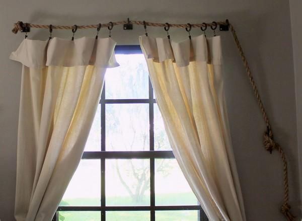 В интерьере любой из комнат шторы создают особую атмосферу и завершают общую задумку