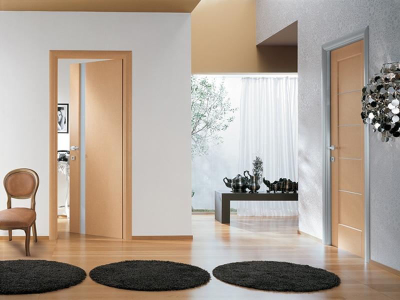 Наиболее популярными цветами межкомнатных дверей являются бежевый и коричневый