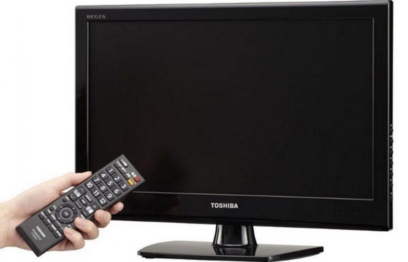 В случае, если телевизор не включается, лучше всего обратиться за помощью в сервисный центр
