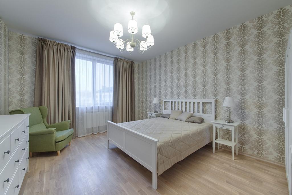 Мебельный гарнитур Хемнэс прекрасно подойдет для оформления комнаты в классическом стиле