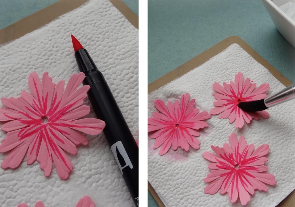 Подбирать краску для окрашивания фоамирана нужно с учетом ее качества, долговечности и характеристик