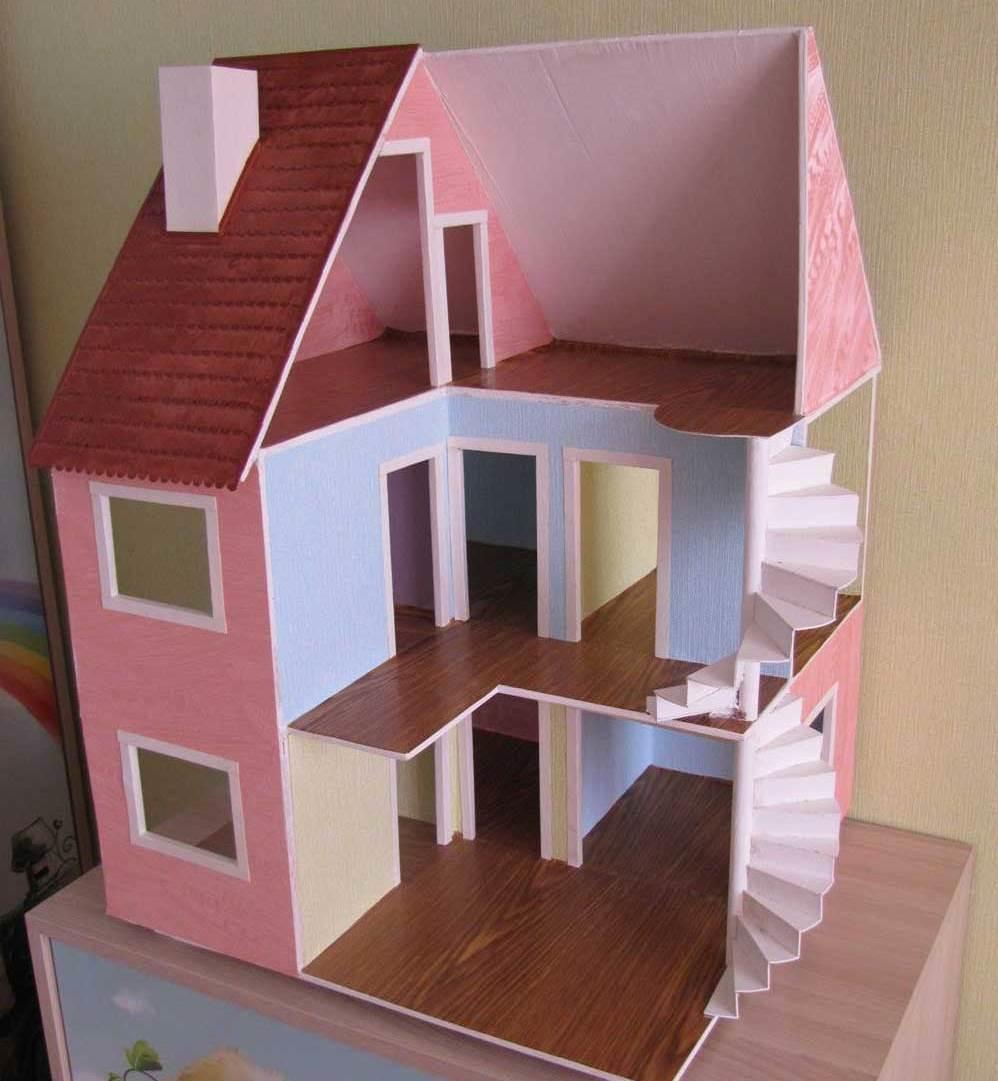 Для того чтобы построить домик из фанеры, следует сперва продумать его дизайн и подготовить инструменты и материалы для работы