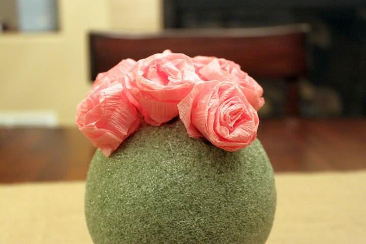 Вся поверхность сферы должна быть заполнена цветами. Желательно стараться это делать без пробелов