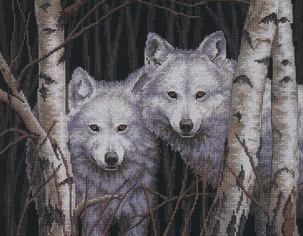 Во многих славянских мифах волк считался проводником в мир сказок, поэтому вышивка с красивыми волками прекрасно впишется в интерьер детской комнаты