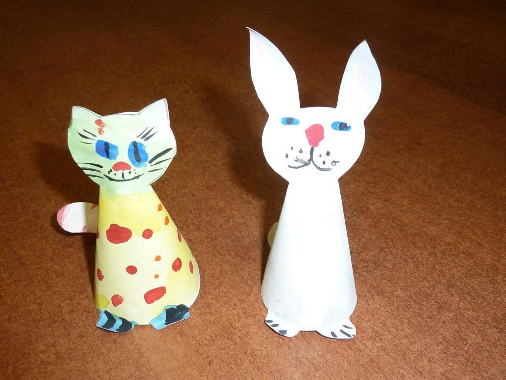 Используя бумагу, можно изготовить занятных объемных животных для малышей