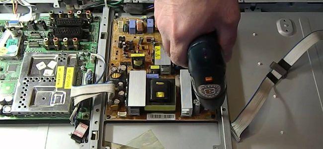 Ремонт ЖК телевизоров в домашних условиях - задача решаемая, особенно если обладать базовым опытом в электронике