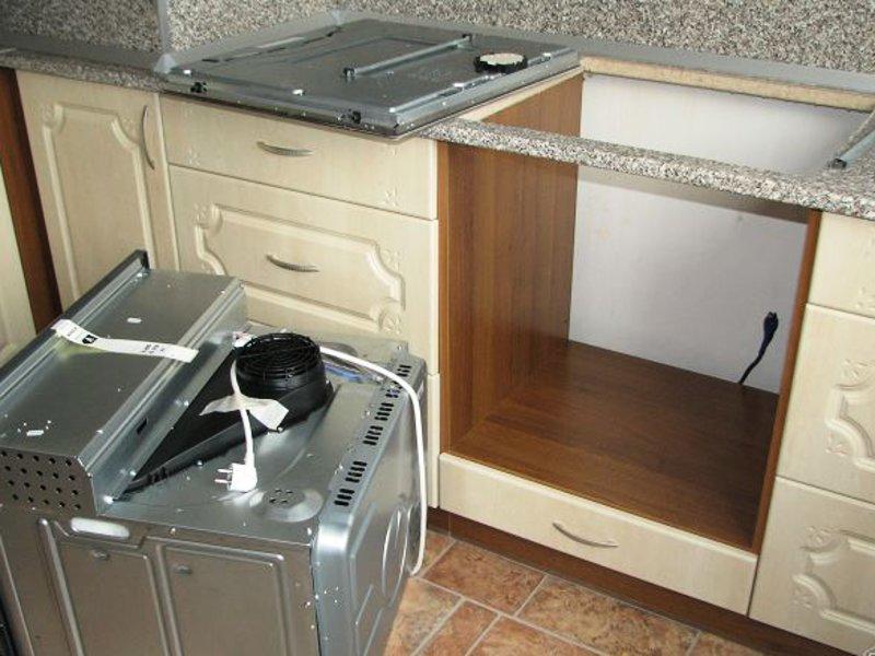 Духовые шкафы различаются по способу нагрева – от газа или от электричества