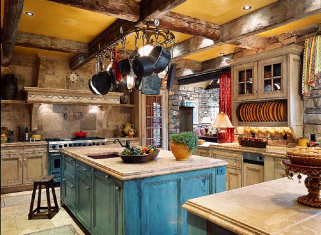Кухня во французском стиле - это не только аристократичные интерьеры, но и кухни в стиле кантри