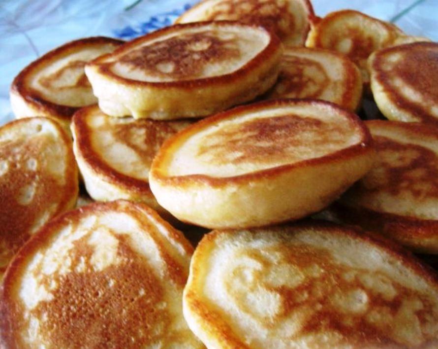 Оладьи на кефире простой рецепт: классические и обычные с фото, вкусно и просто