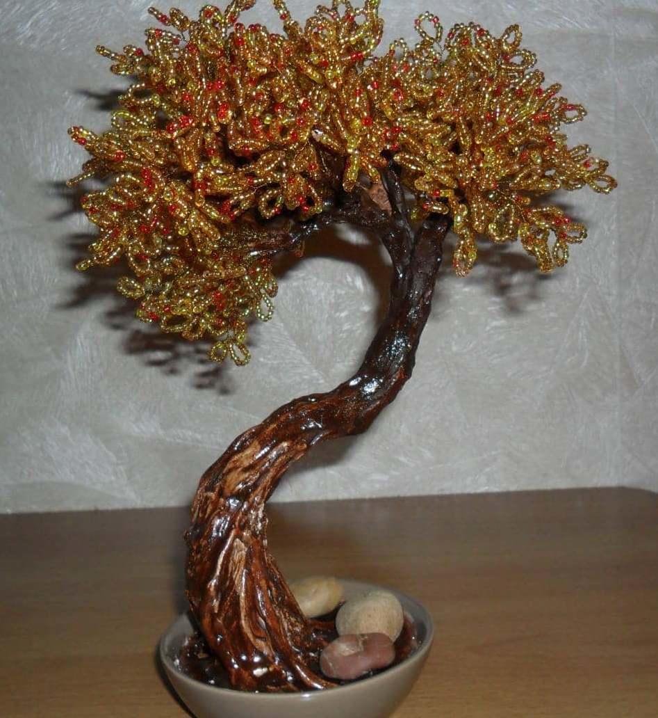 """Топиарий """"дерево счастья"""" считают своеобразным талисманом. Многие люди верят, что это дерево притягивает в дом благополучие и положительные эмоции"""